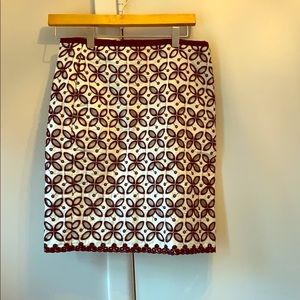 Joe fresh black and white pattern skirt